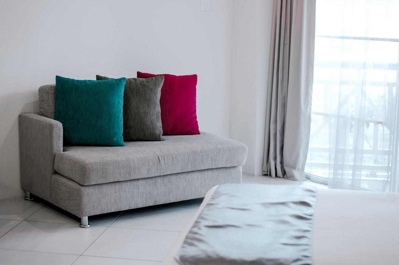 為什麼越來越多的人願意在窩居中擺放梳化床?